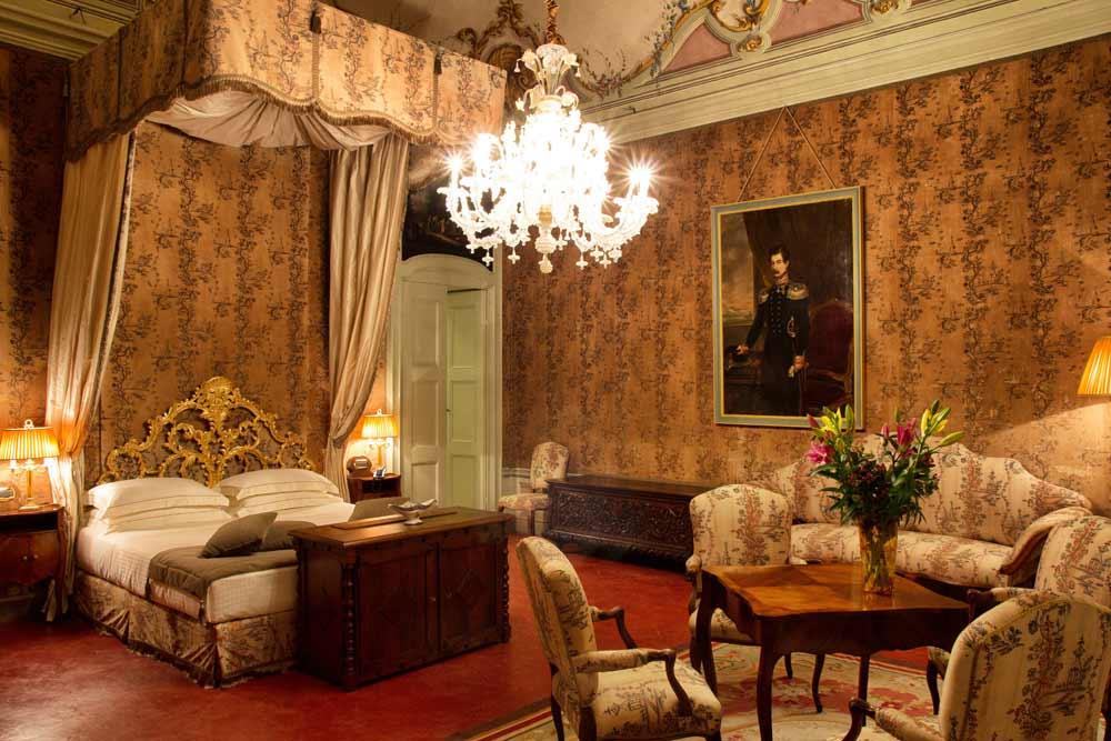 Castle Luxury Suite Castello Di Guarene